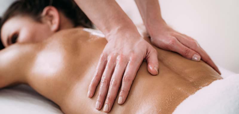 tehnci de masaj pentru spate