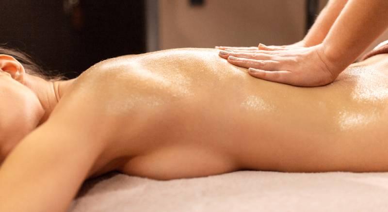 cum se face masajul cu ulei de lavanda