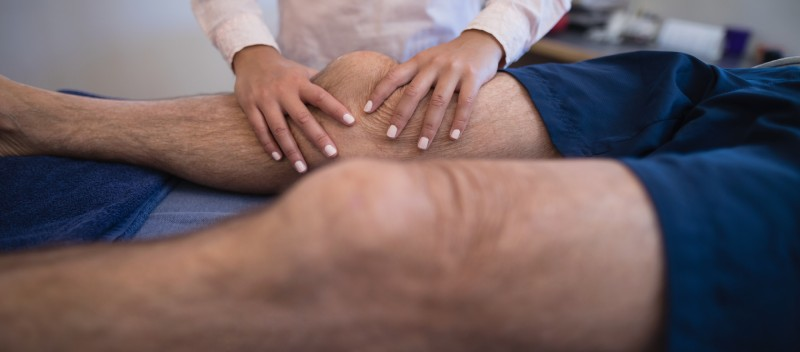 masajul la genunchi